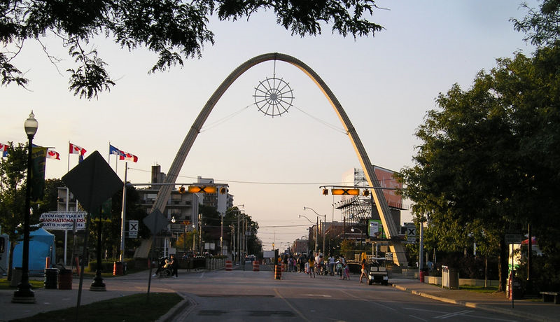 A brief history of the Dufferin Gate at the CNE grounds Posted by Chris Bateman / JANUARY 28, 2012 on blogTO